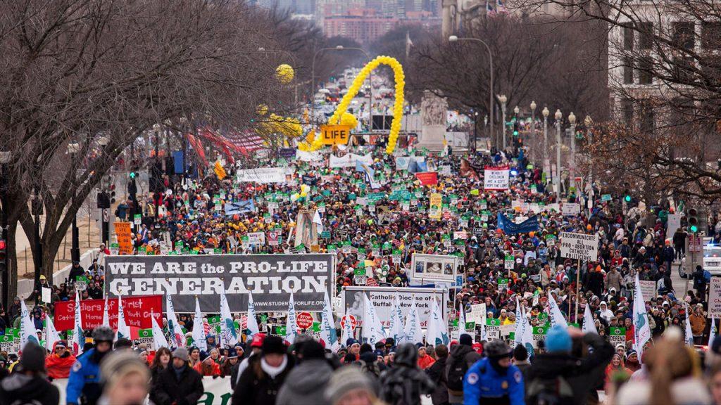 Imagem da Marcha pela Vida (March for Life) em Washington DC: http://marchforlife.org/home/