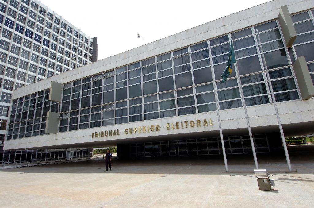 Tribunal_Superior_Eleitoral,_instância_máxima_da_justiça_eleitoral_brasileira