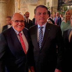 Um dos maiores prefeitos da história de Nova Iorque, Giuliani chama Bolsonaro de herói e critica enviesamento da imprensa esquerdista